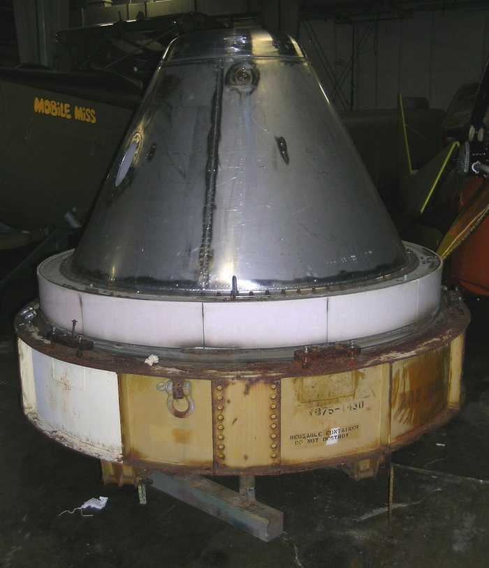 Photo of the GE Mark-2 reentry vehicle.